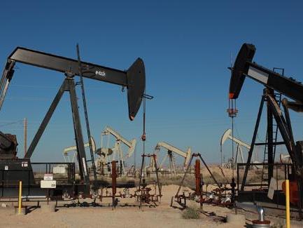Ölpreise auf Erholungskurs – Erzielt die OPEC+ die notwendige Einigkeit?