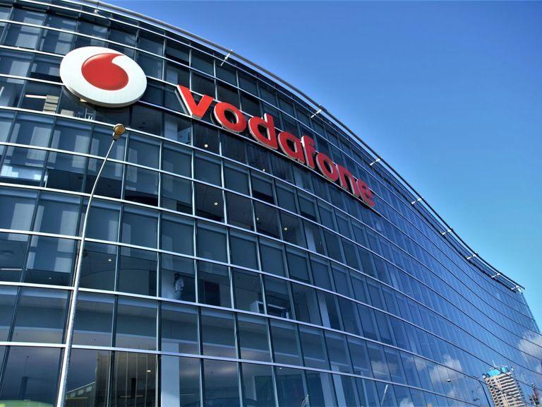 Vodafone share price: investors dial back in