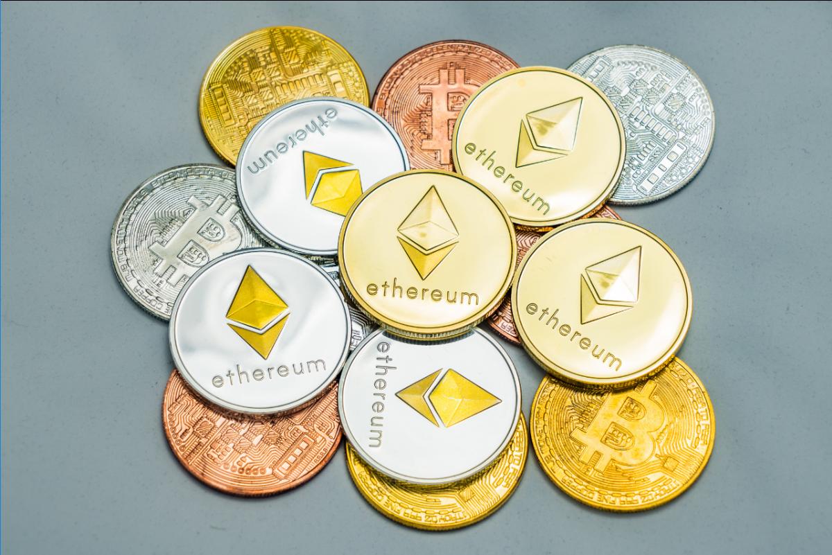 Koniec korelacji złota z Bitcoinem