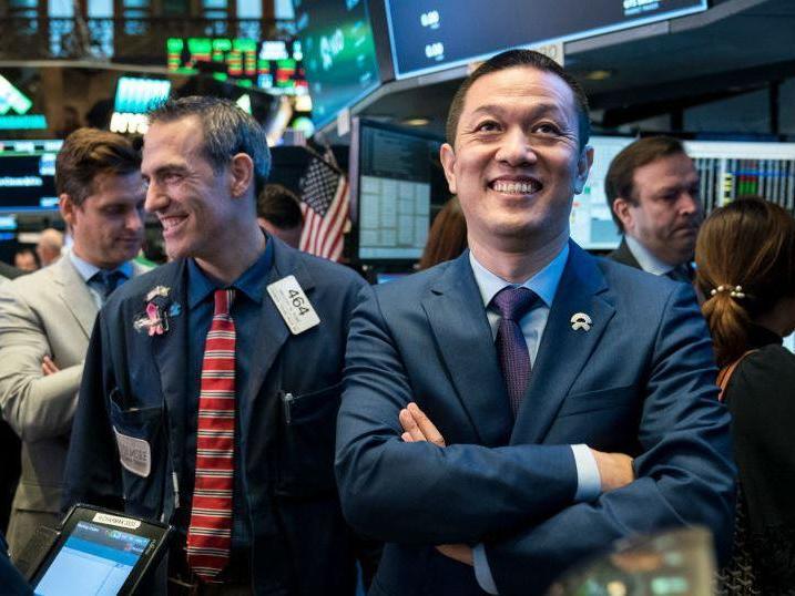 S&P 500 blows through 4,000 on US payrolls optimism