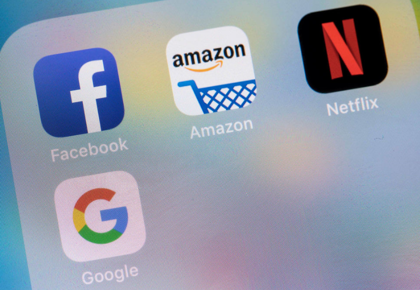 FTSE 100 underperforms, US big tech booms