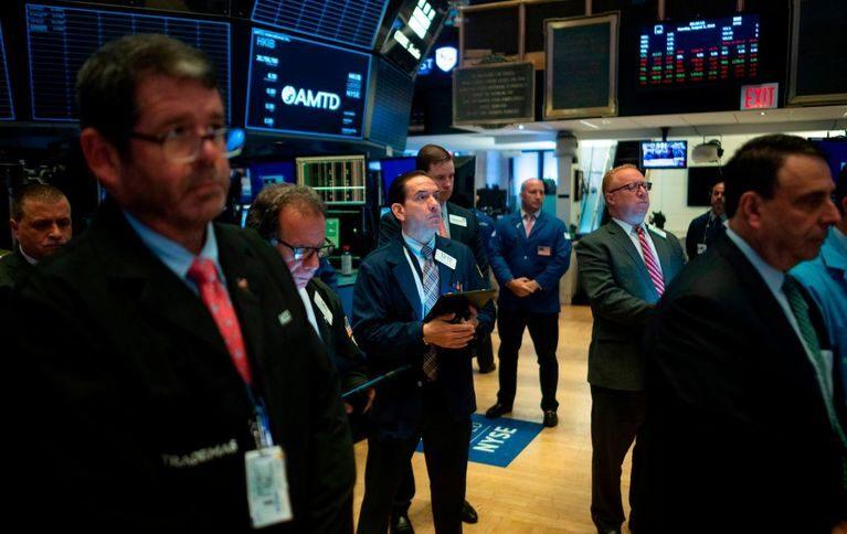 Markets simmer on better data