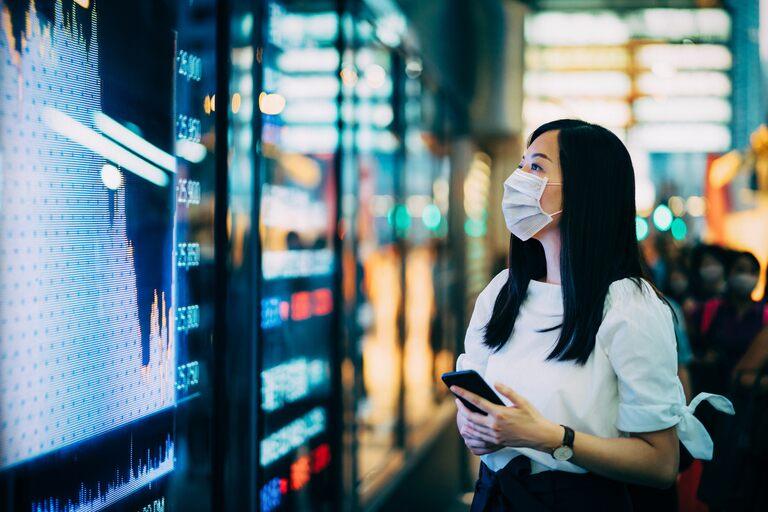Tech stocks defy downswing