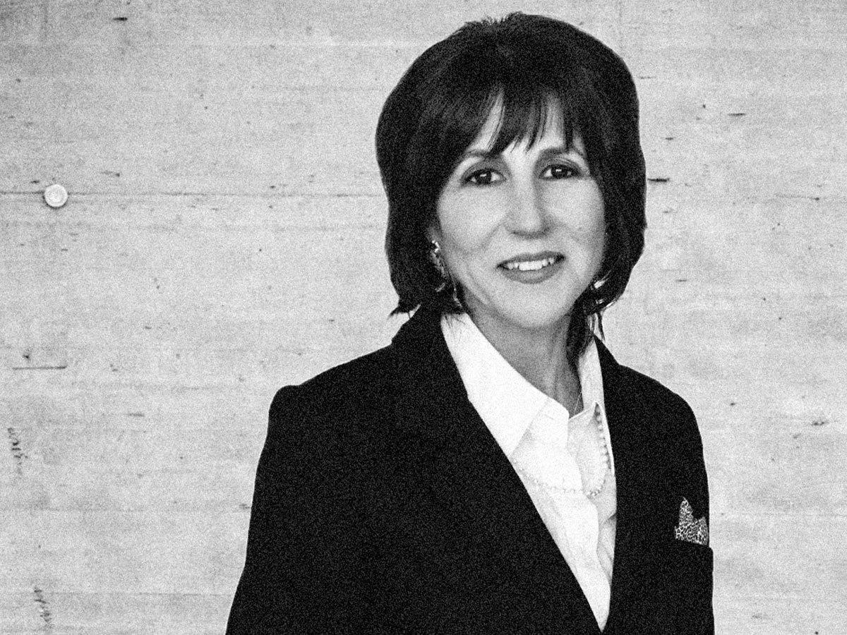 Michele Schneider delves into divergence