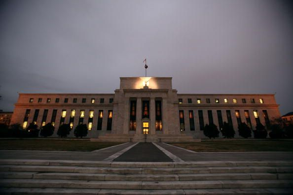 Trade saga rumbles on, Fed keen to stand still