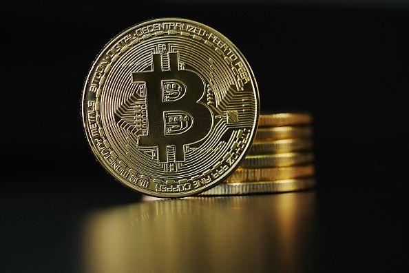 Bitcoin bricht weg - US-Berichtssaison beginnt