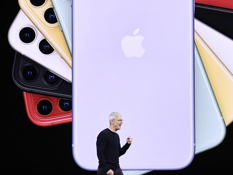 Can a 5G iPhone supercharge Apple's share price?