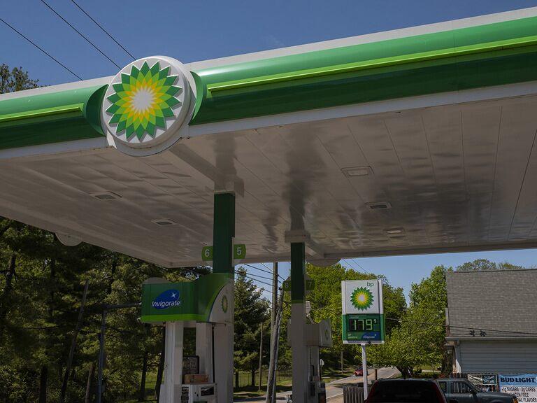 BP share price rises as buybacks return