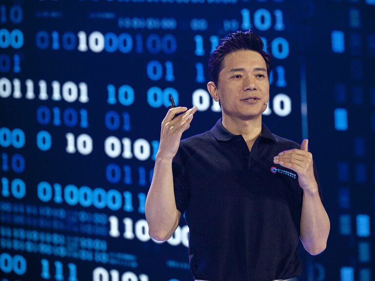 Is Baidu's share price a better bet than Alibaba?