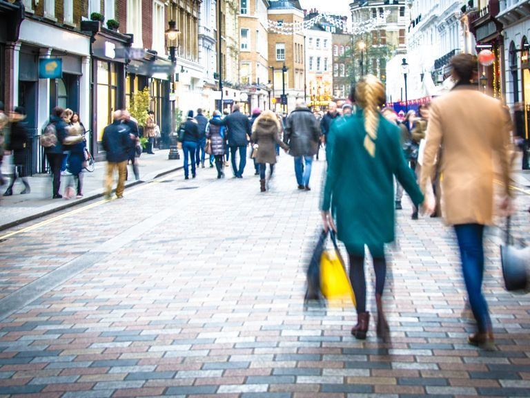UK retail sales set for a rebound in August