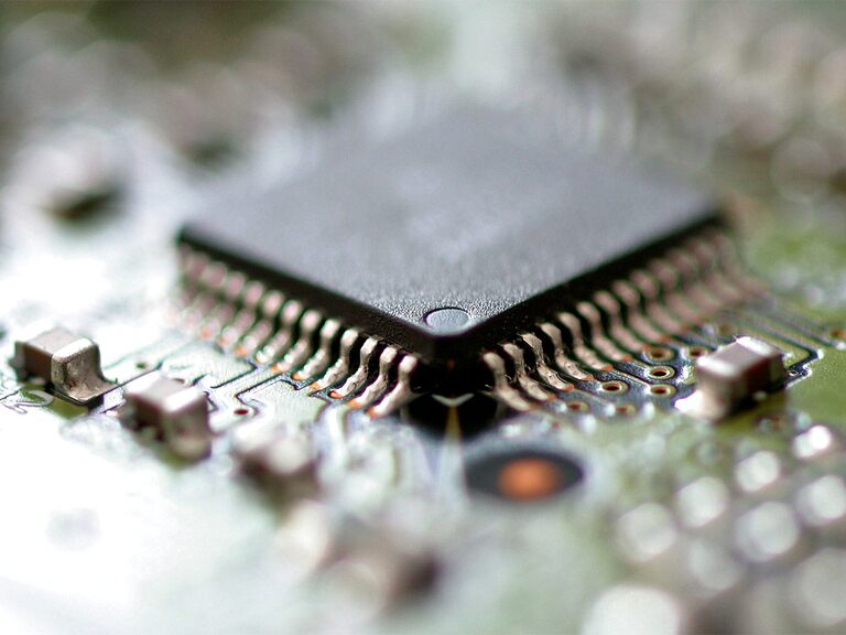 Can Broadcom's share price ride out the semiconductor shortage?