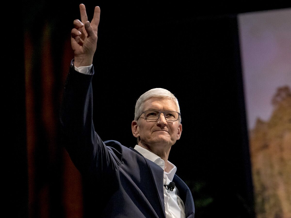 Will its earnings report give Apple's share price some bite?