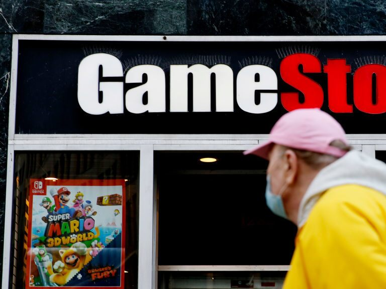 Can the GameStop share price level up after Reddit boost?