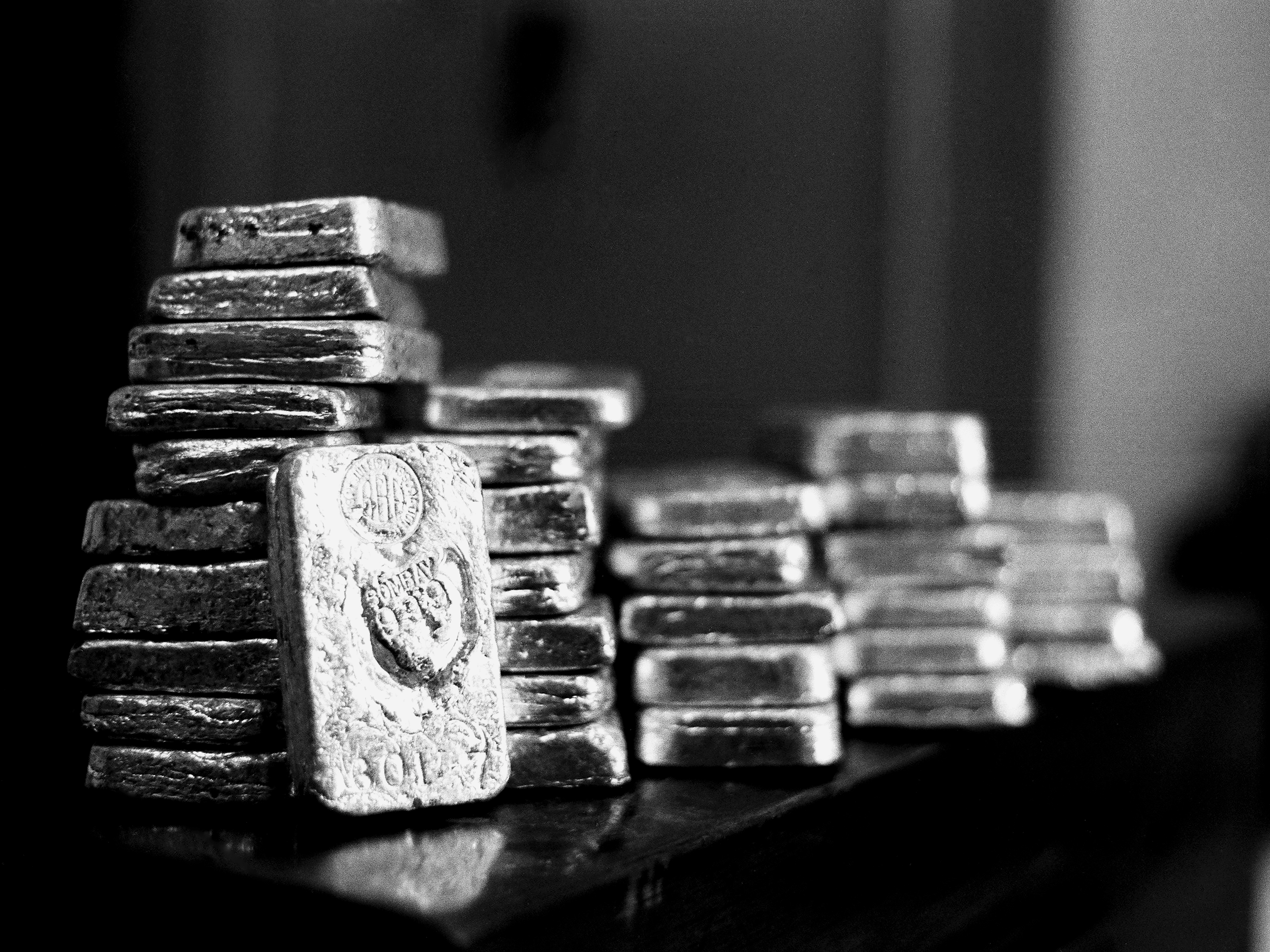 All that glitters isn't necessarily gold, as silver breaks out