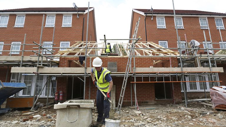 Taylor Wimpey [TW] share price up 28% in 2019 as UK housing crisis fuels gains