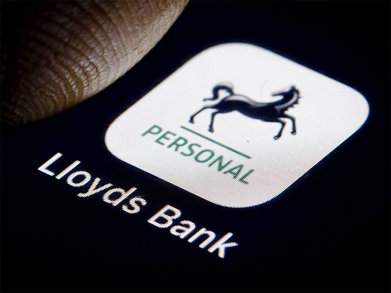 Can Lloyds' share price crack 40p?
