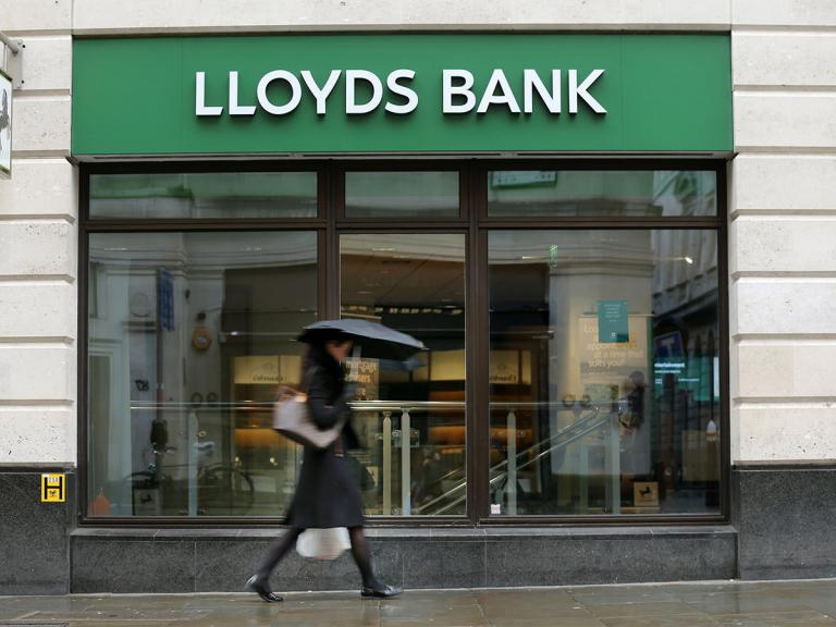 How to trade Lloyds' share price in the wake of coronavirus?