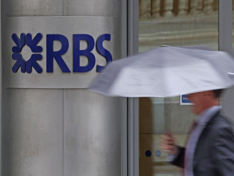Lloyds v RBS: which share price is the best defensive play?