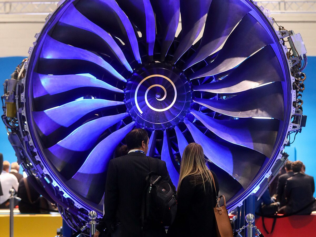 What's putting the brakes on Rolls-Royce's share price?