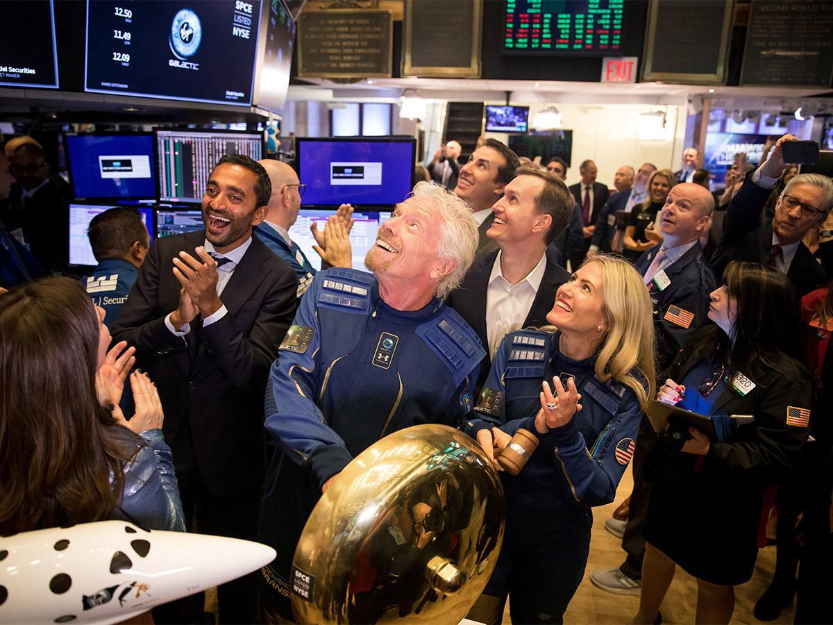 Trump: Aktienmarkt sieht sehr gut aus! Sein Berater: Einstieg nutzen! (CMC Espresso)