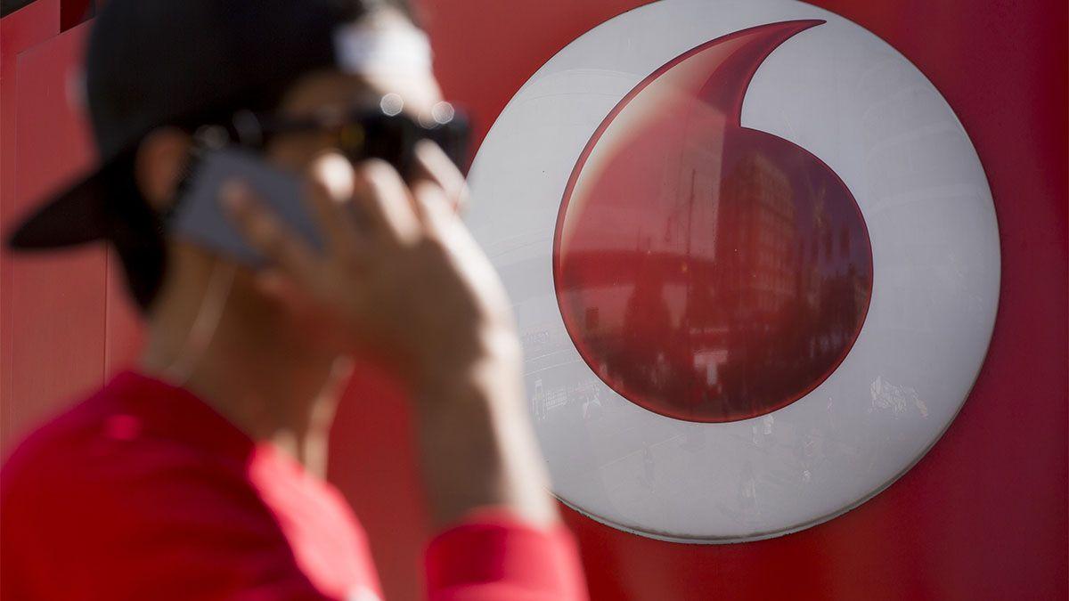 Investors dial back into Vodafone