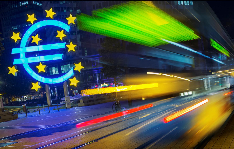 欧洲央行加码宽松导向,欧元承压下滑