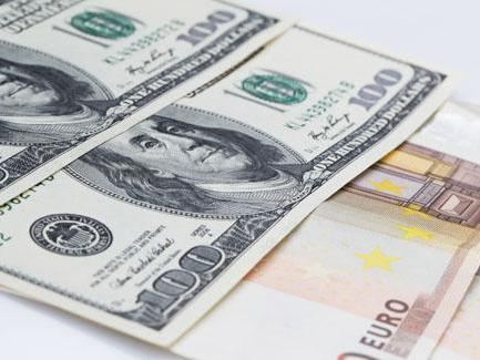 USD continues to wobble ahead of NFP