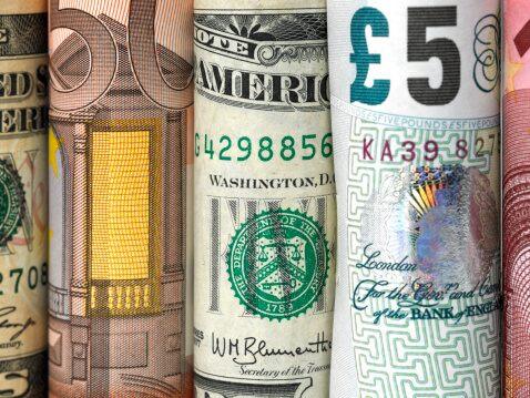 Komentarz walutowy: Koniec osłabiania się złotego?